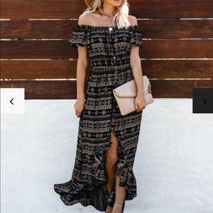 Vici Off the Shoulder maxi dress
